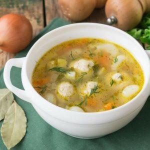Куриный суп с фрикадельками